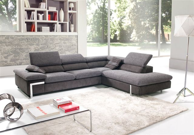 Canapé d'angle avec têtière relevable Choix de revêtement, coloris, taille, sens de l'angle...