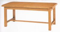 """Table dite de """"campagne"""" 4 pieds 1 entretoise avec allonges 100% chêne massif."""
