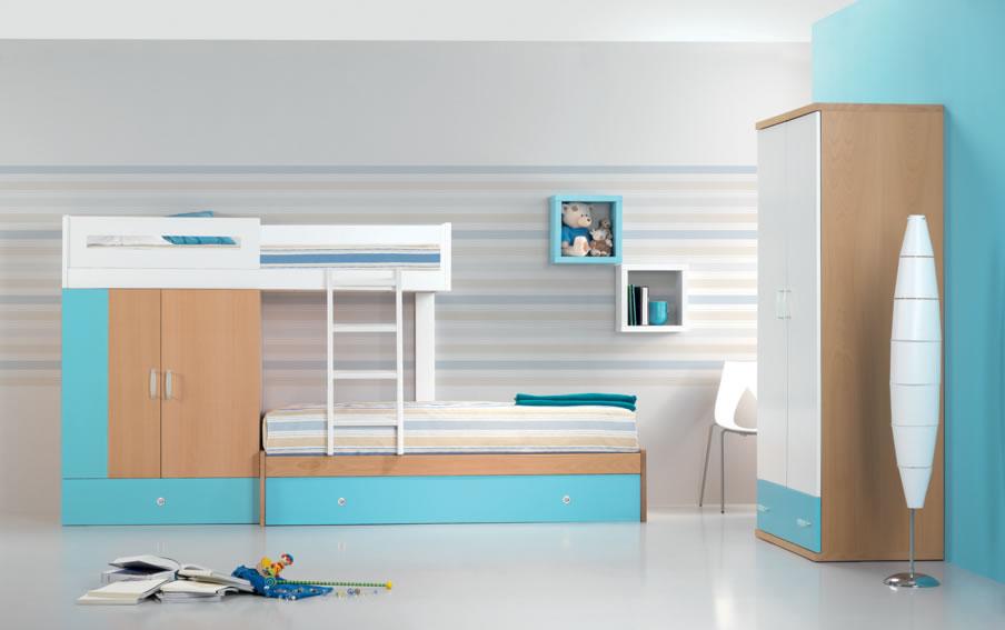 Composition avec 3 couchages et une armoire sur 3m de long seulement. CK991