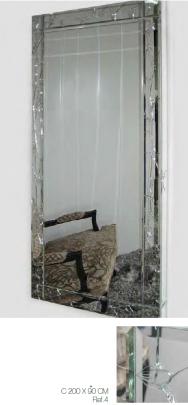 Miroir Ref4.   Contour effet cassé.
